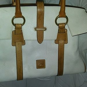 White Dooney Bourke purse